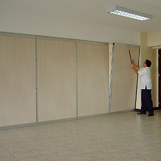 Portable walls san diego wall partitions aluminum for Movable partition wall systems